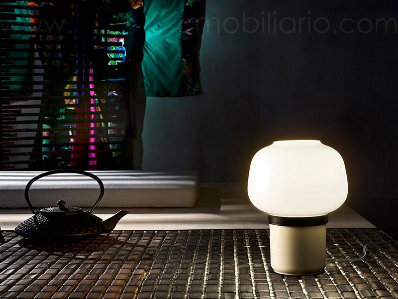 Lámpara de mesa Doll de Foscarini