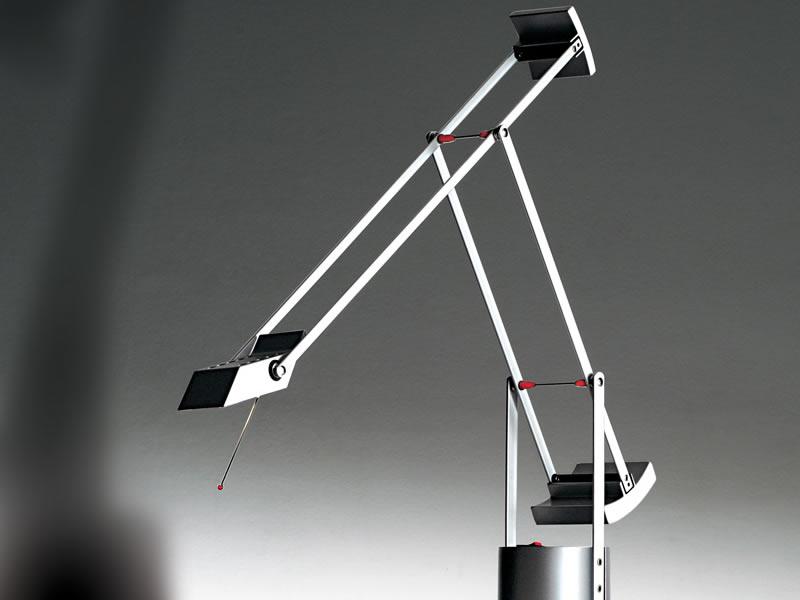 Lámpara de estudio Tizio de Richard Sapper para Artemide