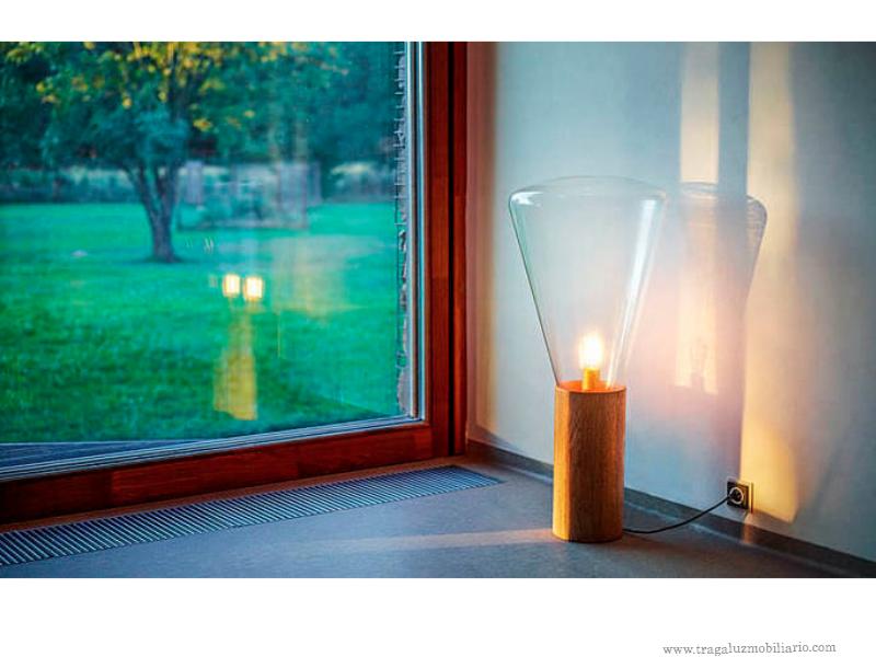 Lámpara artesanal de pie