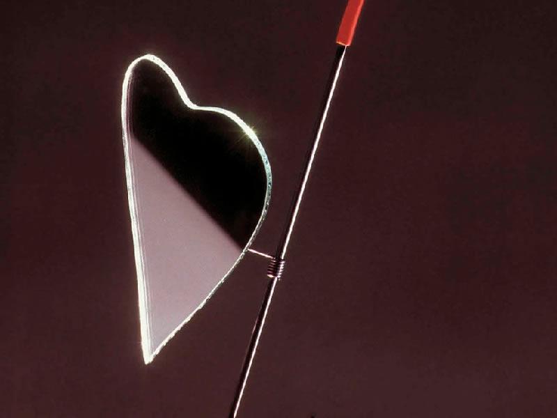 Lámpara de sobremesa Kokoro de Ingo Maurer