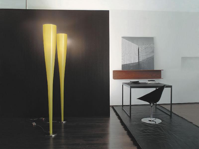 Lámpara de suelo/pie Mite de Marc Sadler para Foscarini