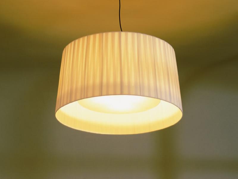 Lámpara de suspensión GT7 de Santa & Cole