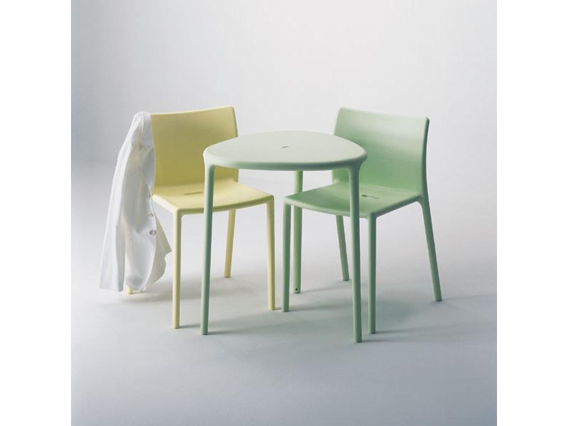 Mesas para exterior mobiliario de dise o en valladolid for Mesa exterior diseno